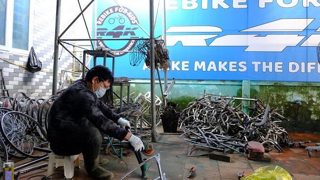 Hành trình hồi sinh những chiếc xe đạp cũ 6